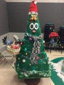 第一名廣二仁最暖男的聖誕樹.jpg