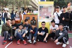 長榮中學愛心園遊吹復古風  工業群製作遊戲機超級吸睛