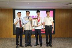 長榮中學李思翰代表台南市參加國際賽  獲IMC數學競賽銀獎