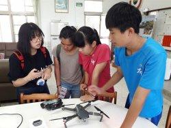 左鎮國中暑期研習營 玩空拍機看見家鄉