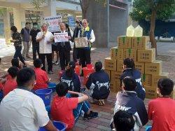 台南藥師忙發口罩還到學校作防疫宣導  永仁高中受惠