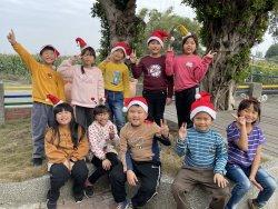 今年的文昌國小聖誕節我想來點不一樣的…...