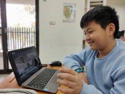 左鎮國小樂學英語,遠距與香港理大視訊