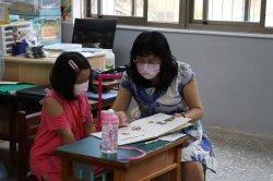 《贈新生防疫包,健康開心上學去》2021-09-10