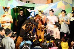 轉載自由時報--秋野芒劇團演出許願樹 吉貝耍學童感受包容與愛